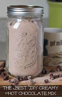 Best DIY Creamy Hot Chocolate Mix I love how creamy and chocolatey this homemade hot chocolate mix is. It's the best you'll ever have!I love how creamy and chocolatey this homemade hot chocolate mix is. It's the best you'll ever have! Do It Yourself Food, Hot Chocolate Recipes, Chocolate Diy, Cocoa Recipes, Homemade Hot Chocolate Mix Gift, Chocolate Chips, Hot Chocolate With Cocoa Powder, Chocolate Smoothies, Chocolate Shakeology