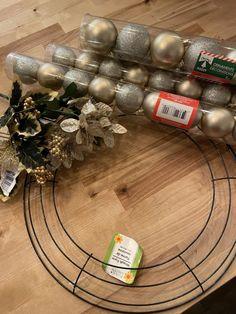 Dollar Tree Gifts, Dollar Tree Christmas, Dollar Tree Decor, Christmas Crafts, Diy Christmas Wreaths, Outdoor Christmas, Homemade Christmas, Easter Crafts, Christmas Ideas