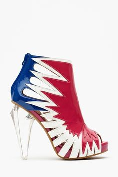 Whoopi Goldberg wore these on Jimmy Fallon... I think they are so DIVA!