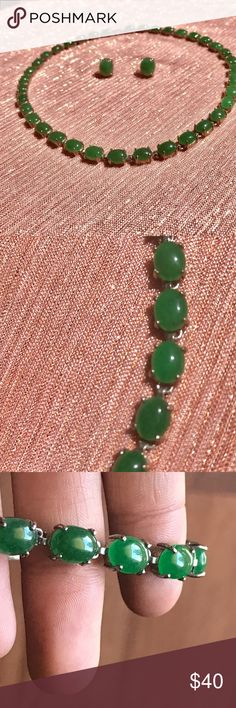 Vintage 40's Necklace Beautiful Bright Jade necklace. Earrings included! Jewelry Necklaces