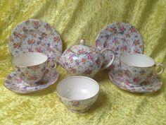 http://www.ebay.co.uk/itm/Royal-Winton-Grimwades-ELEANOR-Chintz-Tea-Service-Tea-Service-/252780170789?hash=item3adadf4e25:g:2gQAAOSwdGFYq4NH