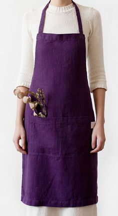 Washed linen purple apron