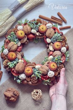 Vekoria.Handmade decor for home: wreath