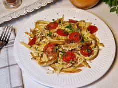 Salata de vinete de post - Bucataresele Vesele Pasta Salad, Tiramisu, Spaghetti, Ethnic Recipes, Food, Crab Pasta Salad, Essen, Meals, Tiramisu Cake