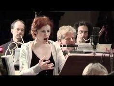 Patricia Petibon sings Der Hölle Rache kocht in meinem Herzen and absolutely nails it!
