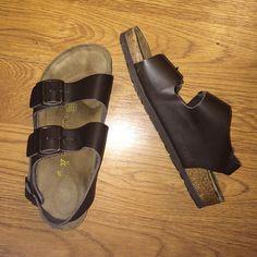 Birkenstocks sandals Barely worn Birkenstock sandals, no scuffs and in great condition. Birkenstock Shoes Sandals