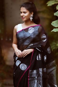 Buy Designer Blouses online, Custom Design Blouses, Ready Made Blouses, Saree Blouse patterns at our online shop House of Blouse from India. Designer Sarees Collection, Saree Collection, New Designer Dresses, Designer Wear, New Dress Design Indian, Saree With Belt, Designer Blouses Online, Black Lehenga, House Of Blouse