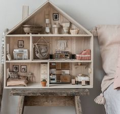 It's so many who have asked where I got this dollhouse from. A lots of the furnitures I made by myself. Read more about it on my blog!    www.lovelylife.se/northerndelight    #dollhouse #diy #dollfurniture #woodentoys #newblogpost #moderndollhouse @skalaminimal #miniatureworld