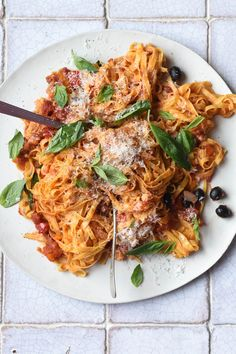 Anna Barnet Recipe: Tagliatelle With Arrabbiata Sauce (Vogue.co.uk)