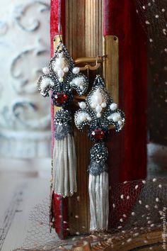 Купить Серьги. Королевские регалии - бледно-розовый, серьги, серьги ручной работы, серьги длинные