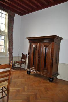 Restauratie Kussenkast voor Vereniging Hendrick de Keyser.