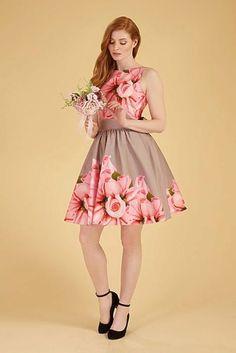 Girls Dresses, Flower Girl Dresses, Wedding Dresses, Model, Fashion, Dresses Of Girls, Bride Dresses, Moda, Bridal Gowns