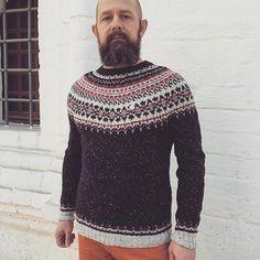 #knitgeek #lopapeysalove #lettlopi #knit #knits #knitted #knitlove #knitlove #knitting #knitwear #knittersofinstagram #knitstagram #knittingaddict #knittinglove #вяжу #вязать #вязание #вязаное #вяжутнетолькобабушки #vcso #vscogood