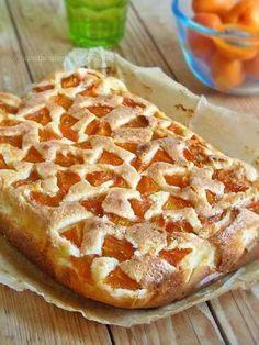 Az otthon ízei: Bögrés sárgabarackos pite Fruit Recipes, Sweet Recipes, Baking Recipes, Cake Recipes, Vegan Recipes, Dessert Recipes, Hungarian Desserts, Hungarian Recipes, Hungarian Food