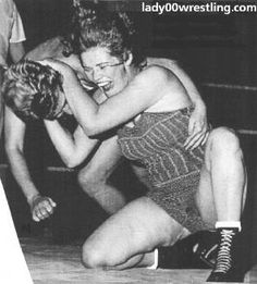 Women's Professioanal Wrestling Pictures Gallery _ Video DVD Action