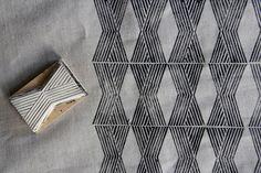 Tampon : lignes, losanges, X, Ariel Alasko