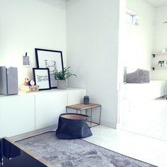 mi-さんの、コンクリートポット,観葉植物,グリーン,モノトーン,DIY,北欧,白黒,グレー,リビング,のお部屋写真