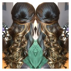 Gorgeous half up half down hairstyle by Elise. #Balayage highlights done by Elise.  #TopLevelSalon Follow us on IG or FB at @TopLevelSalon   #WeddingHair #WeddingtrialHair