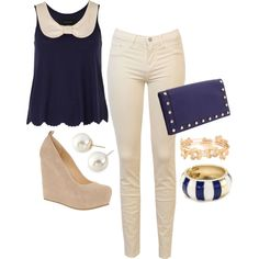 Great everyday outfit! I like the dark blue and off white contrast