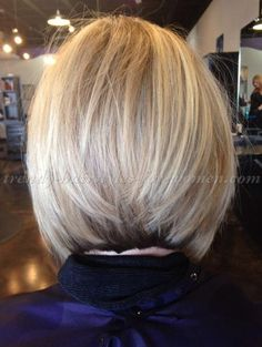 short+hairstyles+over+50+-+blonde+bob+hairstyle