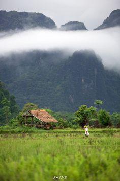 Best Places To Travel, Places To Visit, Laos, Abandoned Farm Houses, Mountainous Terrain, Vietnam Travel, Nature Pictures, Amazing Nature, Farmer