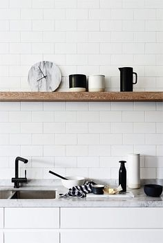 Minimalist Kitchen Gray Open Shelving minimalist home ikea white bedrooms.Minimalist Interior White Home Decor how to have a minimalist home minimalism. White Kitchen Decor, White Home Decor, White Kitchen Cabinets, Kitchen Cabinet Design, Kitchen Interior, Kitchen Black, Kitchen Backsplash, Backsplash Ideas, Black Decor