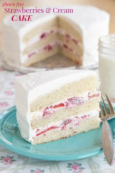 Gluten Free Strawberries and Cream Cake for #SundaySupper - Cupcakes & Kale Chips