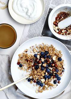 Image via We Heart It #blueberries #cream #food #oatmeal #styling #healty