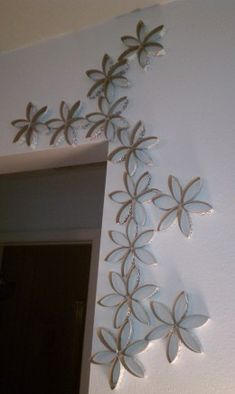 Toilet Paper Roll Flower Art on the Wall, cute and basically FREE!