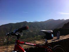 Valle de El Palmar con El Teide #avistadepedal #tenerife #inviernoencanarias #islascanarias #bikecanarias #buenavistadelnorte