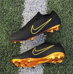 44 Ideas Sport Football Soccer Nike Shoes For 2019 Source by meganeaddis de mujer nike Nike Soccer Shoes, Nike Cleats, Soccer Gear, Soccer Boots, Nike Shoes, Soccer Tips, Womens Soccer Cleats, Play Soccer, Cool Football Boots