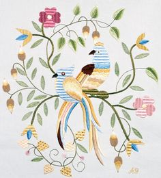 Birds Crusaders with Acorns - Silk Embroidery Bordado Jacobean, Jacobean Embroidery, Crewel Embroidery, Embroidery Patterns, Small Tapestry, Fabric Design, Arts And Crafts, Birds, Sewing
