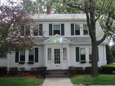 pictures of colonial homes | There were many home plans and kits available in the early 1900's in ...