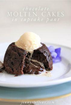 Chocolate Molten Cakes in a Cupcake Pan Granger Holy molten chocolate lava cakes! Best Chocolate Desserts, Köstliche Desserts, Delicious Desserts, Dessert Recipes, Molten Chocolate, Chocolate Cakes, Hot Chocolate Lava Cake, Chocolate Muffins, Homemade Chocolate