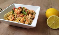 Prawn linguine with tomato and asparagus