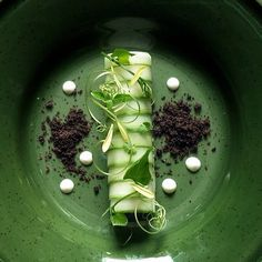 Crab salad wrapped with cucumber - by chef Wuttisak on IG #plating #presentation  #gastronomy