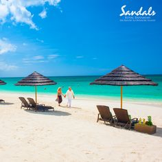 79e621902 The mood becomes more sultry at night at Sandals Royal Bahamian ...