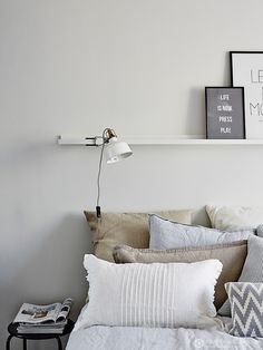 Light colors for bedroom