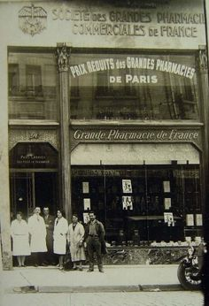 Farmacias antiguas. Some pictures take me back to a past somewhere in time!
