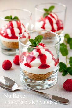 This pretty no-bake cheesecake mousse with raspberry sauce is beautiful for holiday desserts or individual-portion-sized treats for year-round dessert buffets. Raspberry Sauce, Raspberry Cheesecake, Cheesecake Recipes, Dessert Recipes, Fluffy Cheesecake, Cheesecake Cups, Raspberry Mousse, Nutella Cheesecake, Strawberry Sauce