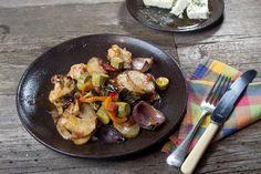 a tou μπριαμ Greek Recipes, Vegan Recipes, Briam, Veggie Dishes, Mediterranean Recipes, Main Dishes, Recipies, Favorite Recipes, Meals