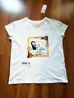 "Hand painted T-shirt "" Pregnant women""/ Tricou pictat manual "" Femeie însărcinată"" Greek Pattern, Ceramic Angels, 8th Of March, Hand Painted, Manual, Mens Tops, T Shirt, Handmade, Women"