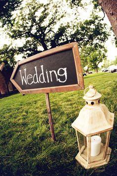 Fun wedding sign arrow!  Photo by Tammy Odell Photography.  #wedding #sign #chalk