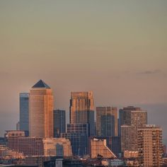 Glowing Canary Wharf at dusk  #ldn4all_sunchaser #sunset #loves_london #ukpotd #mygreatlittleplace #shutup_london #urbanromantix #maybeldner #royalsnappingartists #rtephotography #rsa_streetview #britains_talent #wonderfulworld #loves_united_europe #cbviews #londonnature #tv_pointofview #ig_podium #ig_europe #transfer_visions #hidden_igers #londoncollective #london4all #londres #londra #uk by globegurl