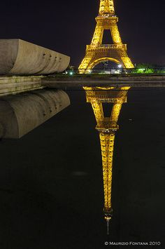 Tour Eiffel reflections