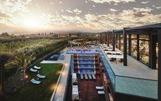 Quellenhof Luxury Resort Lazise, Italien: dolce vita - LIFESTYLEHOTELS Natural Swimming Ponds, Lake Resort, Beautiful Pools, Das Hotel, Lake Garda, Medieval Town, Hotels, Spa, Water Slides