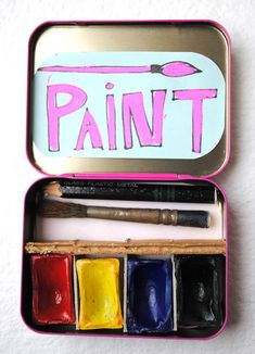 Make a mini portable paint set - great use for an altoid tin!