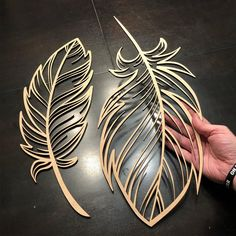 Experimenting with cutting some large feather shapes out of wood. I think these … Experimenting with cutting some large feather shapes out of wood. I think these will end up being beautiful if they are painted. Laser Art, 3d Laser, Laser Cut Wood, Laser Cutting, Wood Laser Engraving, Wood Laser Ideas, Laser Cutter Ideas, Laser Cutter Projects, Cnc Projects