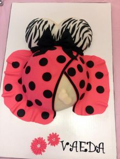 Cute baby bump cake with the foot poking out :)