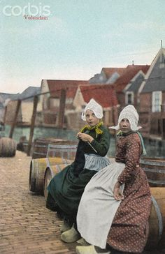 12-11-11  Postcard of Dutch Girls Sitting Near Canal  Original caption:Volendam